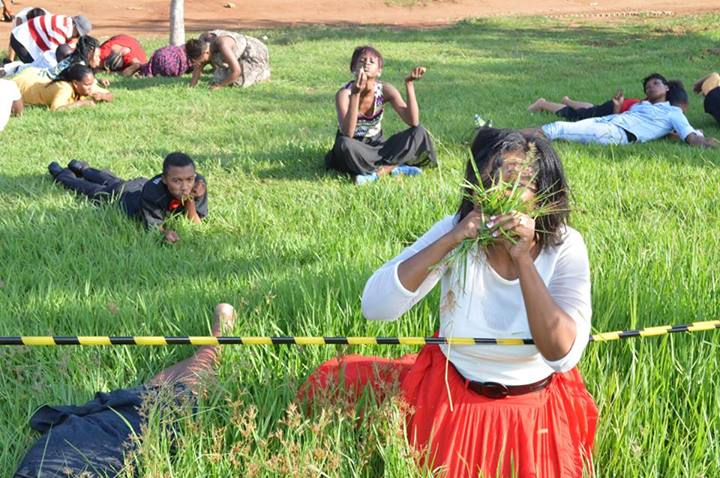 SA-PASTOR-MEMBERS-EATING-GRASS-1
